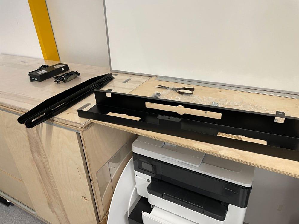 Schreibtisch Aufbau