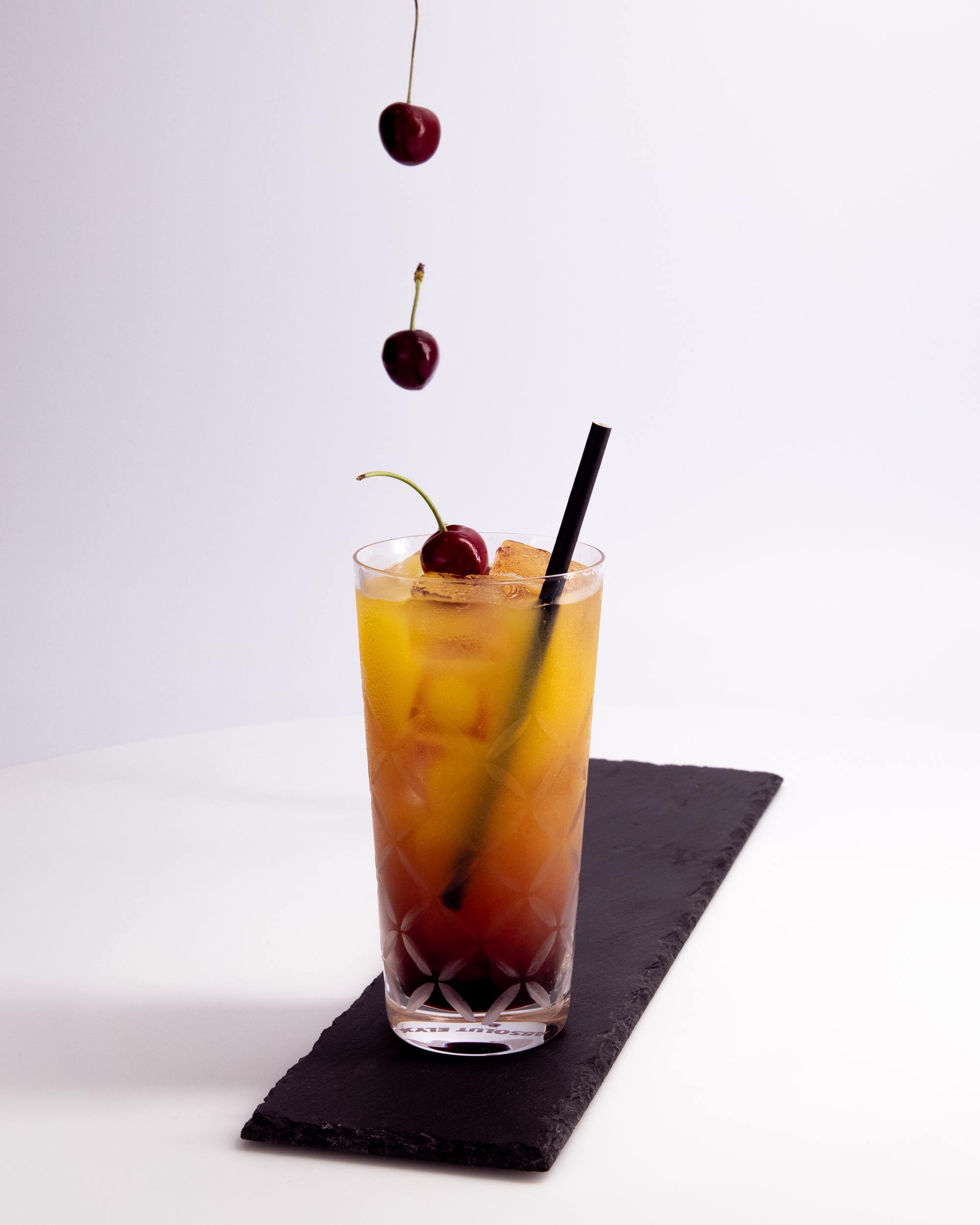 Die Netzwerkkapitäne - Cocktail Orange Rot